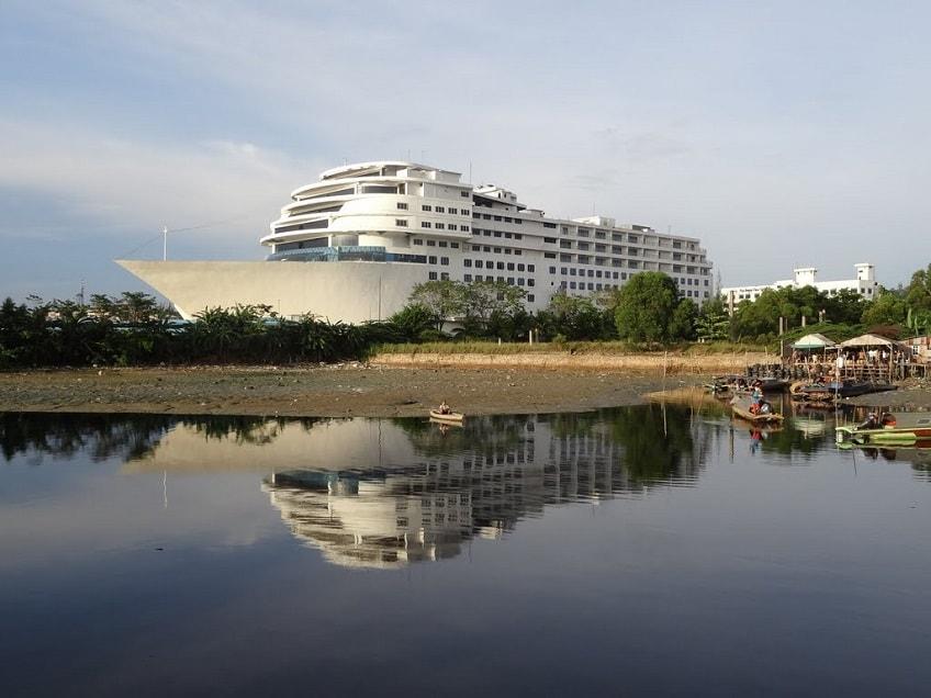 Pacific Hotel Batam